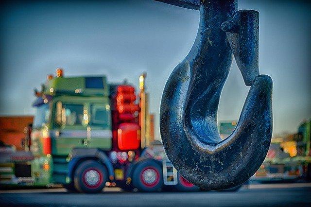 Transport echipamente, instalații și utilaje industriale